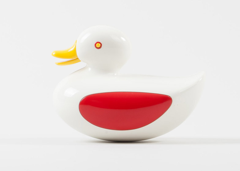 MAKI:minimag_Play Modernist Toy Exhibition_Patrick Rylands_duck